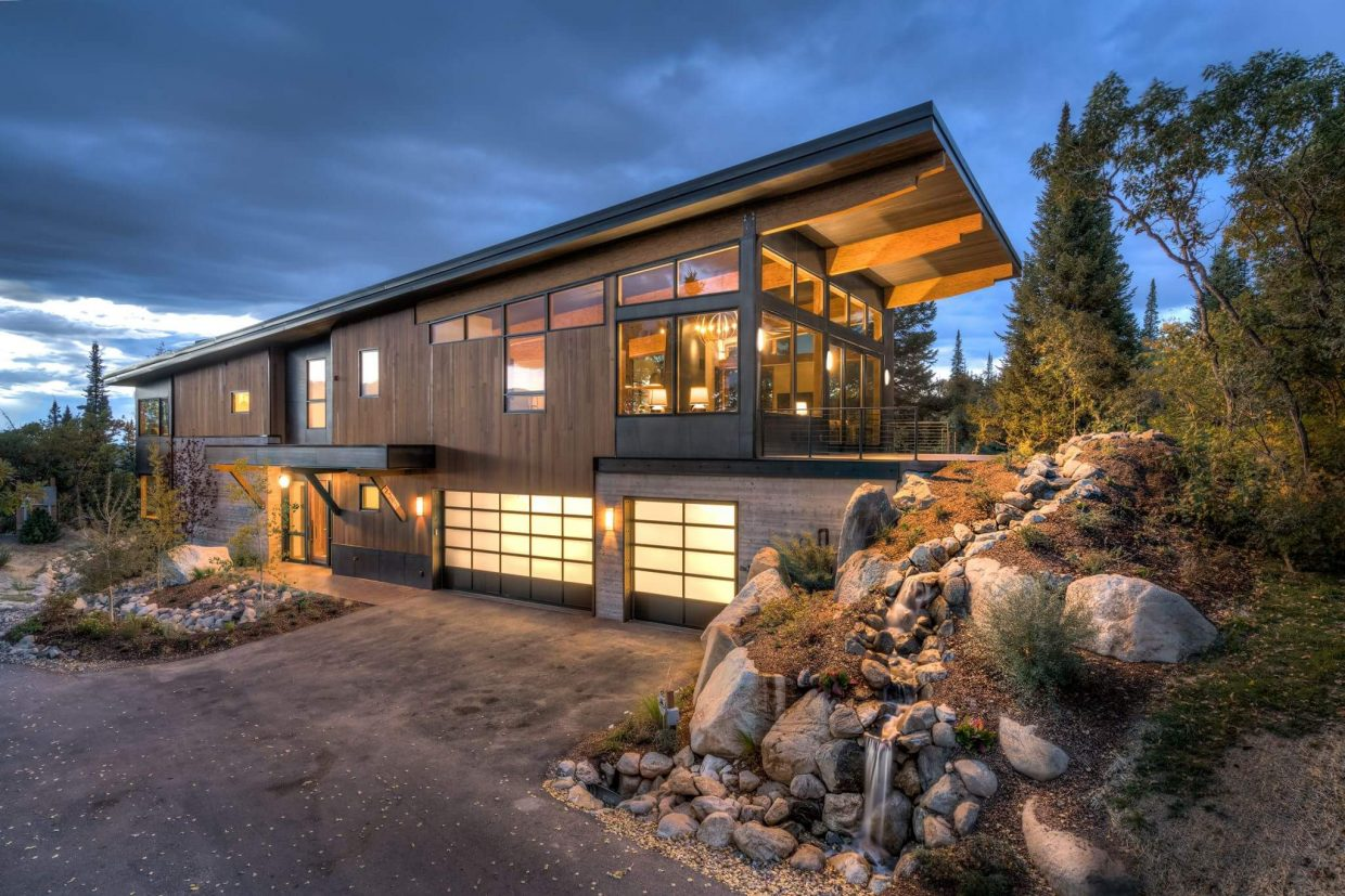 Steamboat Springs Home Buyers Builders Turning To More Modern