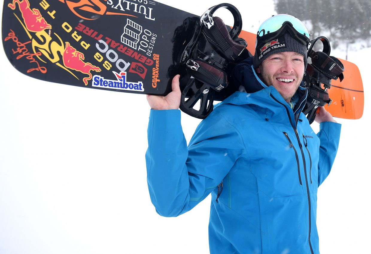 Justin Reiter may compete in a relatively obscure sport in the United States, alpine snowboarding, but he has a major social media following, with more than 40,000 followers on Instagram, nearly 9,000 on Twitter and 4,000 on Facebook.