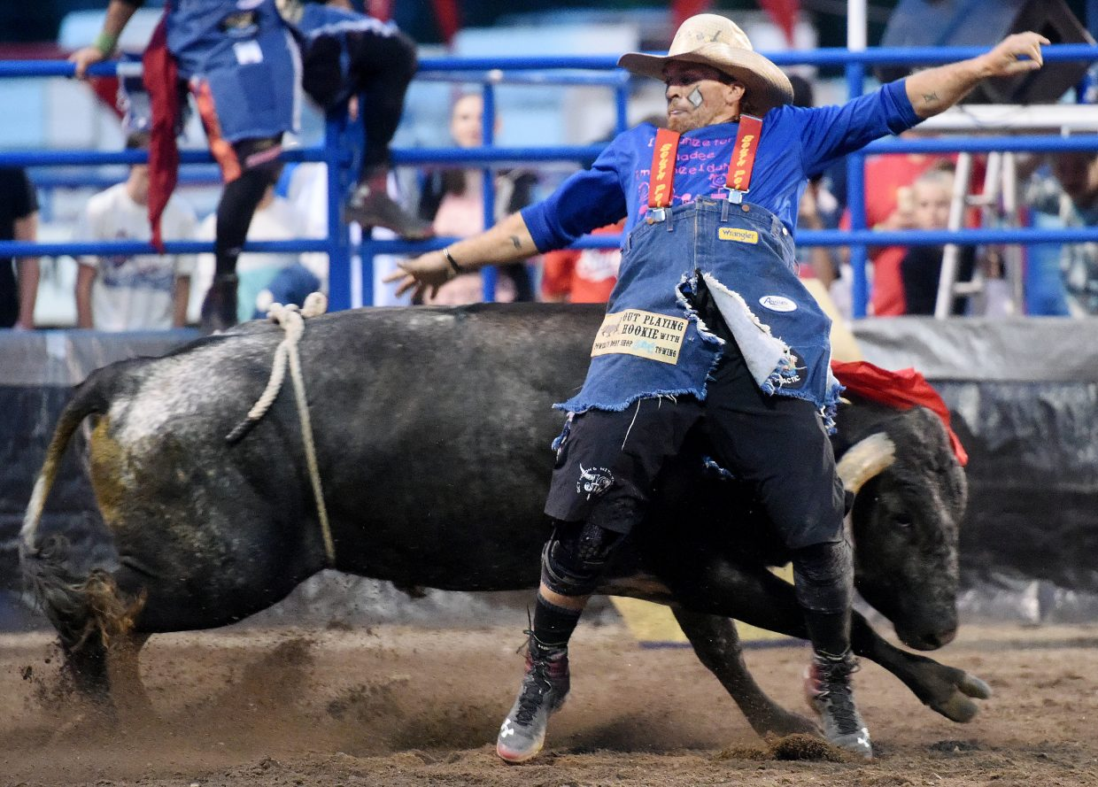 Blake Miller pulls a quick sidestep on the bull Dr. Hook on Wednesday in Steamboat Springs.