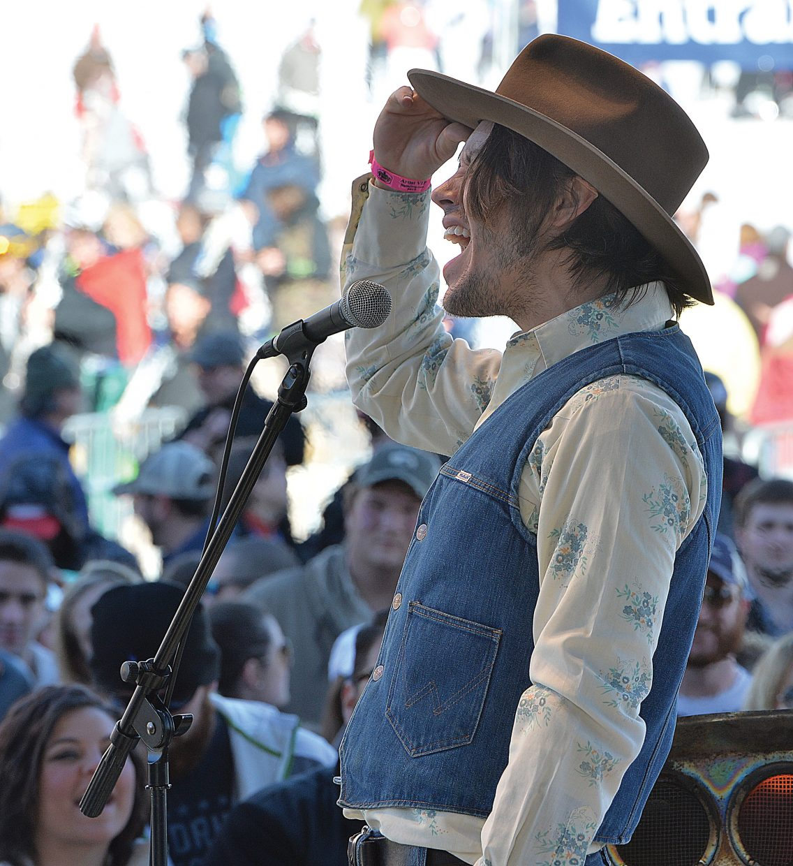 Jonathan Tyler tips his hat to the crowd after his band performed live Wednesday afternoon during a free concert in Gondola Square.