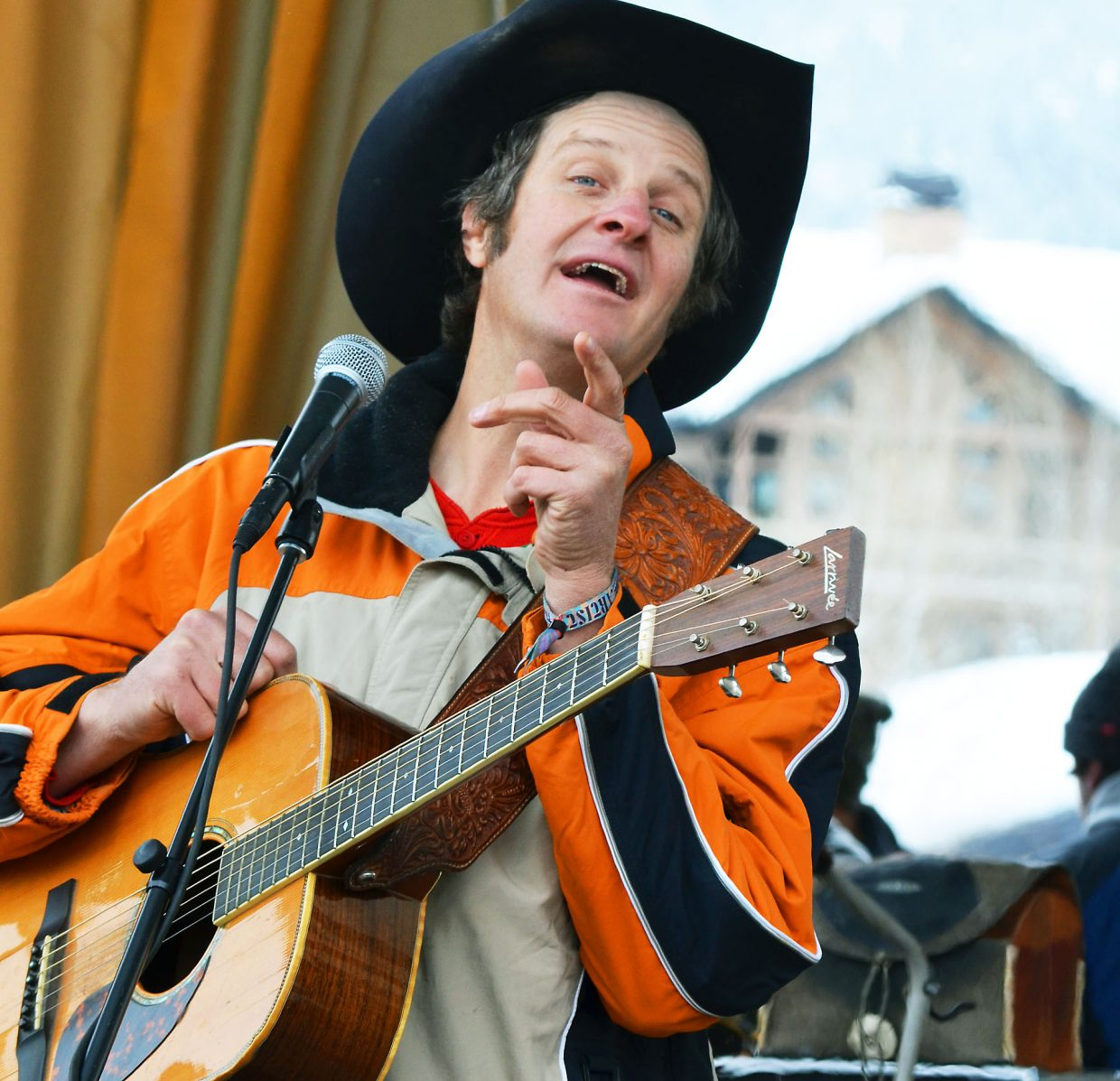 """Doug Moreland entertaines a Steamboat MusicFest audience at the base of the ski area Friday with country and western classics such as """"King of the Road."""""""