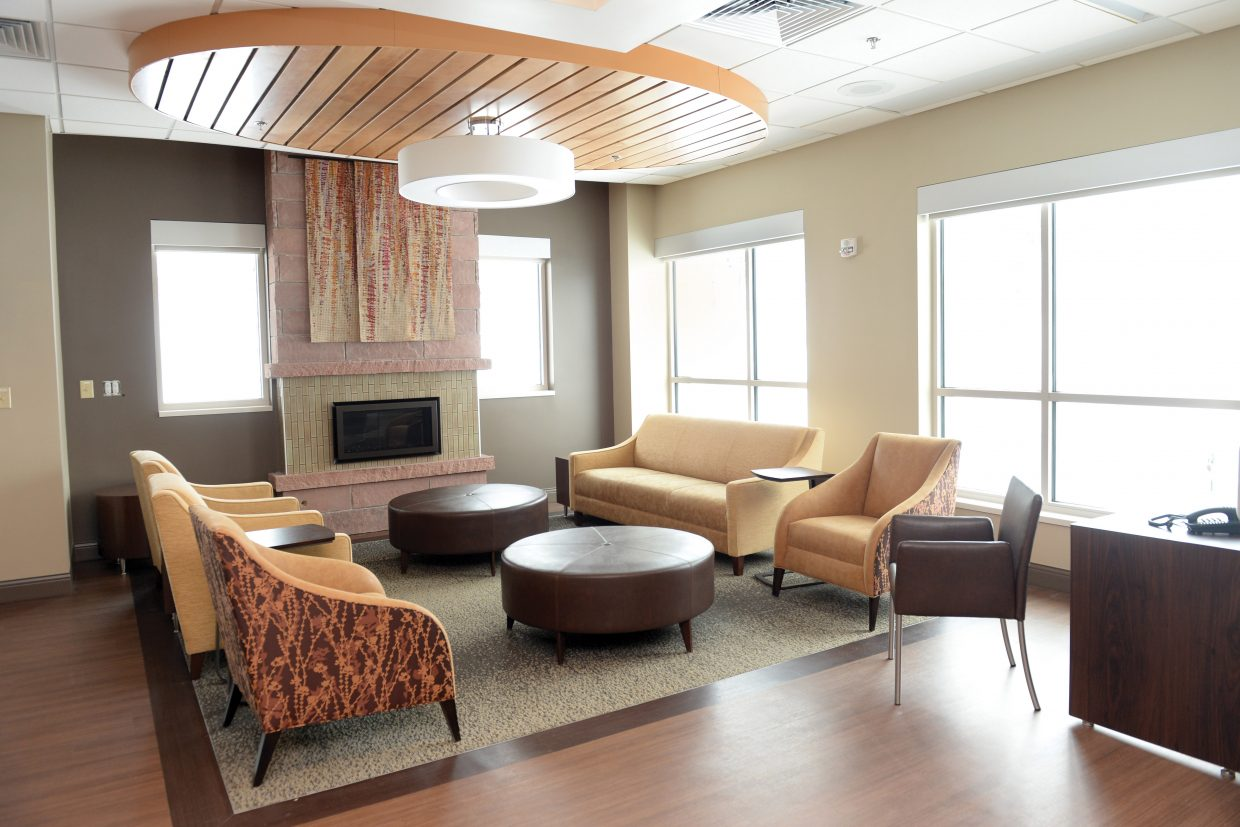 The center provides friends and loved ones a place to be comfortable while patients are undergoing treatment. There is an area where patients and visitors can have beverages, a workspace and other amenities.