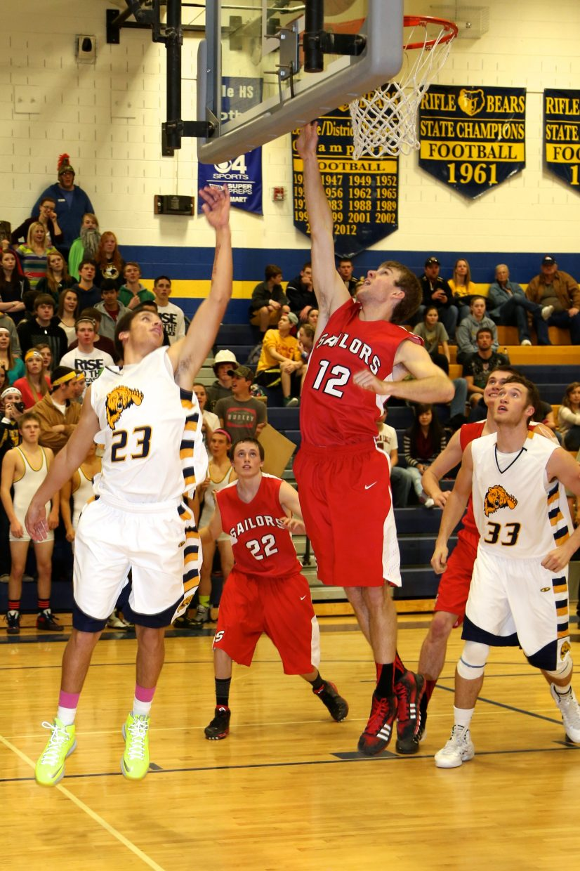 Steamboat junior Nathan Depuy makes a layup during Tuesday's game against Glenwood Springs. The Sailors won, 52-33.