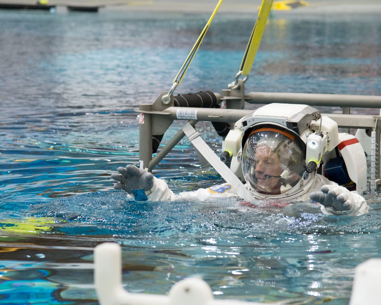 NASA astronaut Steve Swanson, Expedition 39 flight engineer and Expedition 40 commander, trains in waters of the Neutral Buoyancy Laboratory near NASA's Johnson Space Center. Swanson is expected to travel to the International Space Station in March.