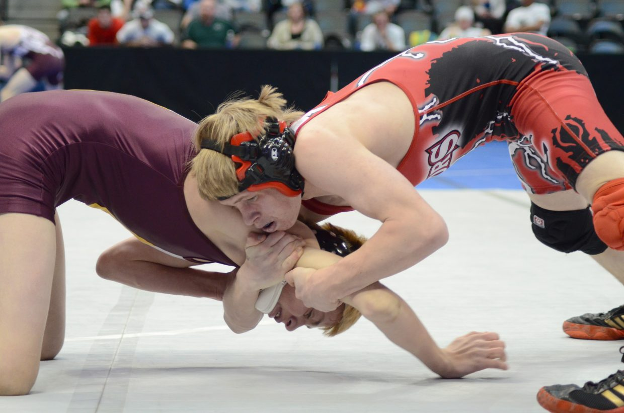 Dakota Thvedt was knocked out of the state tournament by a 2-1 loss in his first-round consolation match in the 4A state wrestling tournament.