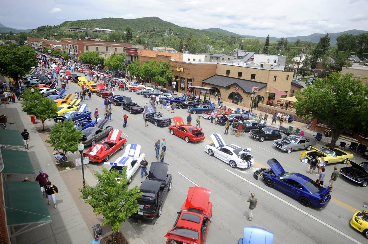 Mustangs line Lincoln Avenue during the 2017 Rocky Mountain Mustang Roundup Show N' Shine.