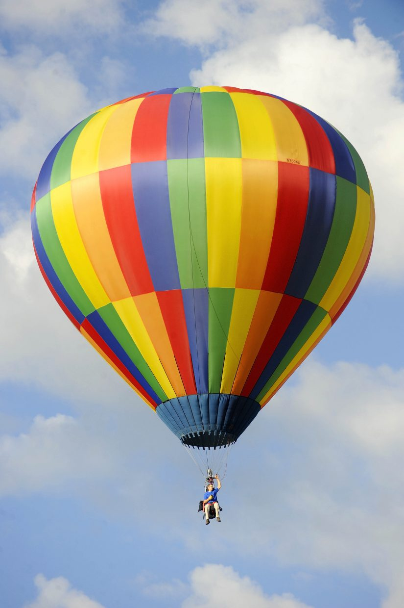 Jeff Buesing flies his basket-less balloon during Saturday's Hot Air Balloon Rodeo.