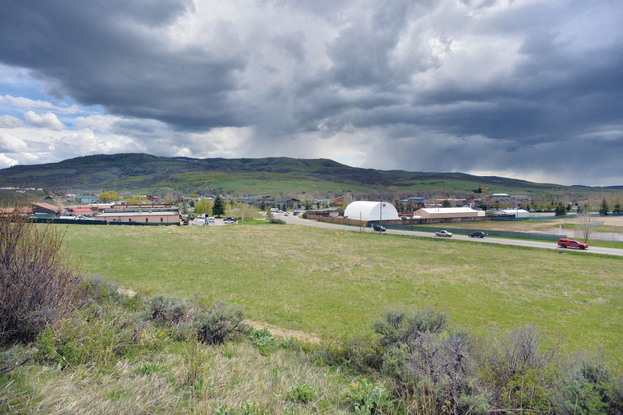 The Yampa Valley Housing Authority made its case Tuesday before state officials for receiving federal income tax credits to help fund a new affordable apartment project on lower Elk River Road on land the authority owns at Steamboat's west side.