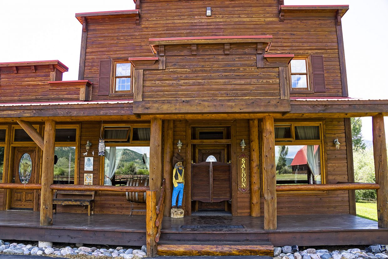 The Elk River Ranch includes its own saloon building, complete with upstairs lodging.