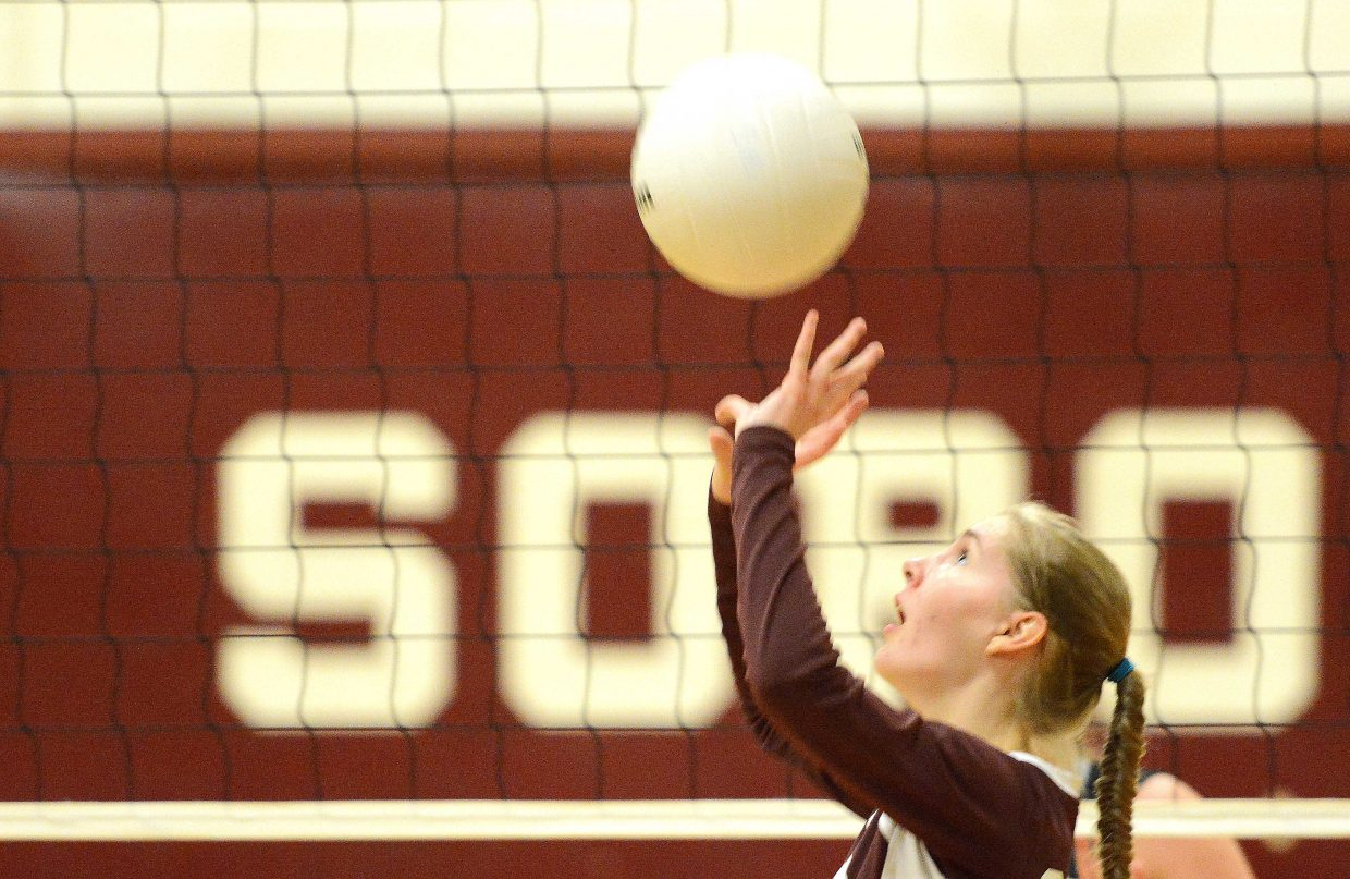 Soroco's Cala McCollum puts up a set Friday.