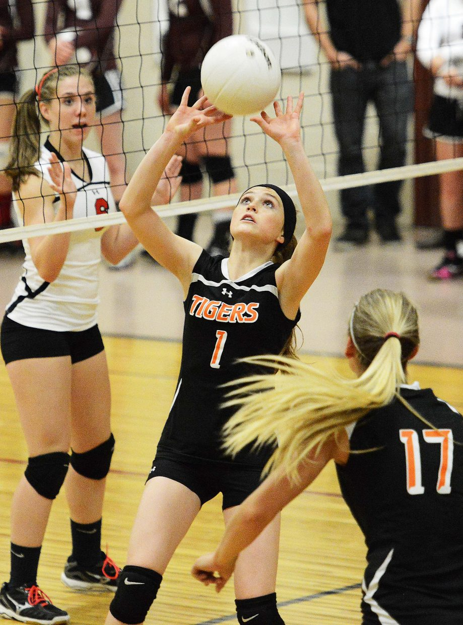 Hayden's Darian Murphy puts up a set for Jewel Vreeman on Friday against Soroco.