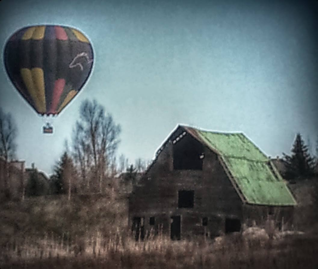 Barn and Balloon. Submitted by Lenny Gawlinski.