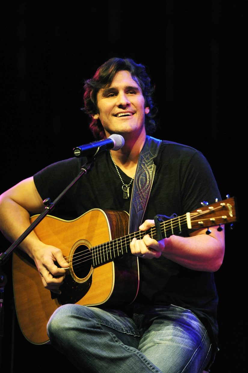 Country star Joe Nichols performs during the Navigator Awards on Friday at the Strings Music Pavilion.