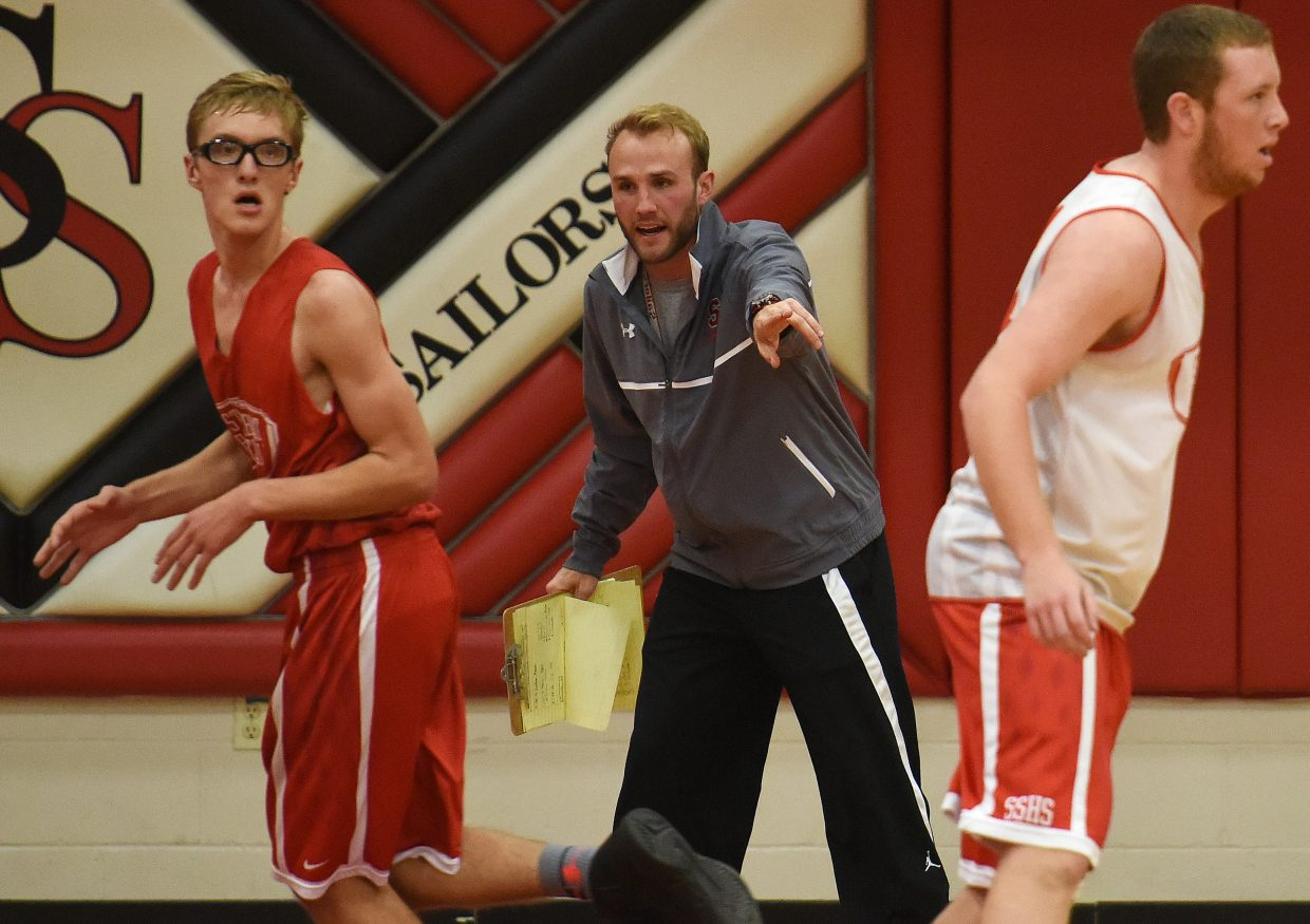 Giving pointers: Steamboat Springs High School boys basketball coach Michael Vandahl gives direction to his team during an intrasquad scrimmage at the high school Friday, one week before the team opens the 2016-17 season with a game at Roaring Fork High School during the Brenda Patch Tournament.