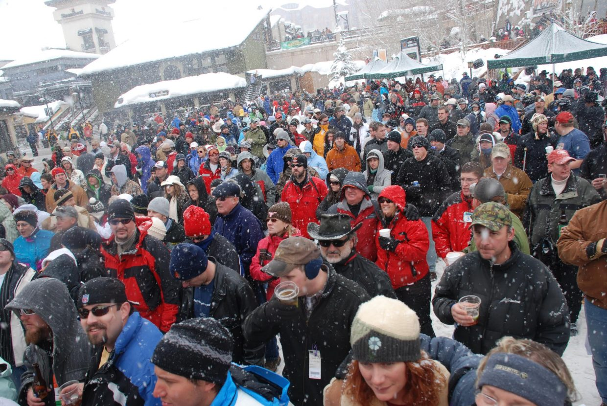 Steamboat's live concert stage in Gondola Square has proven successful in building the loyalty of skiers and snowboarders who never would let a little snowstorm stop them from drinking a cold beer while they take in a show.
