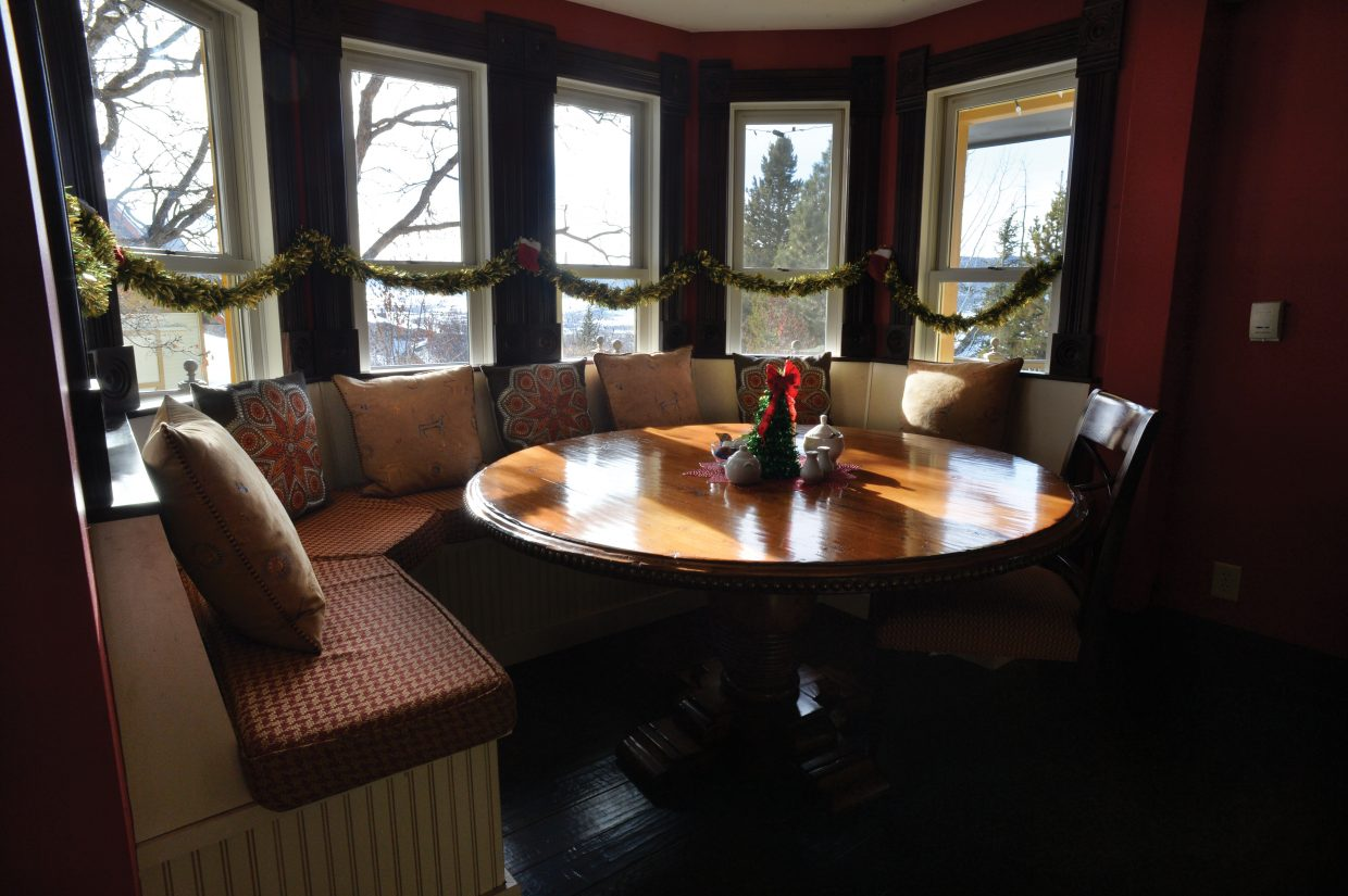 The kitchen nook inside the Victorian is great for large families or large groups who are traveling together.