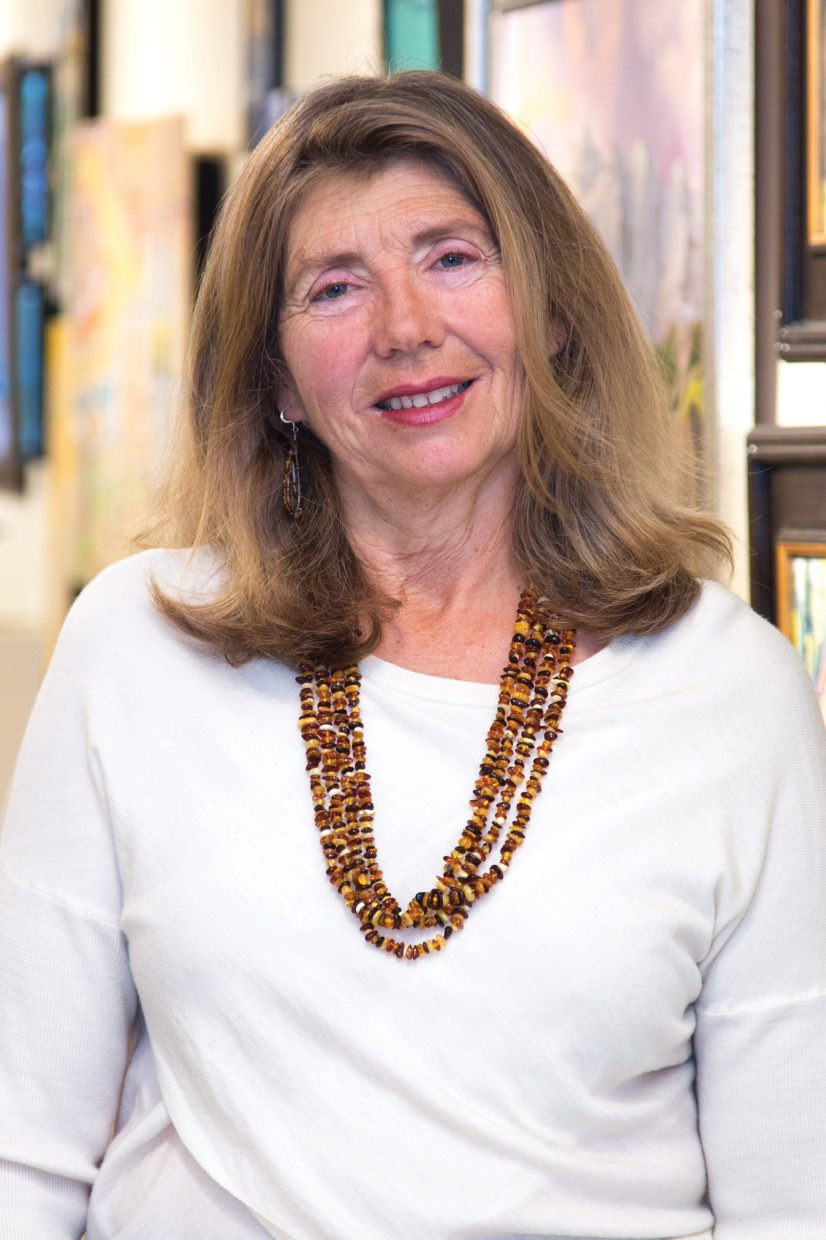 Linda Laughlin, founder of the nonprofit Center for Visual Arts, is stepping down as executive director. The popular downtown gallery has a mixture of established local artists and emerging artists and also offers an education component with lectures and workshops for the public.