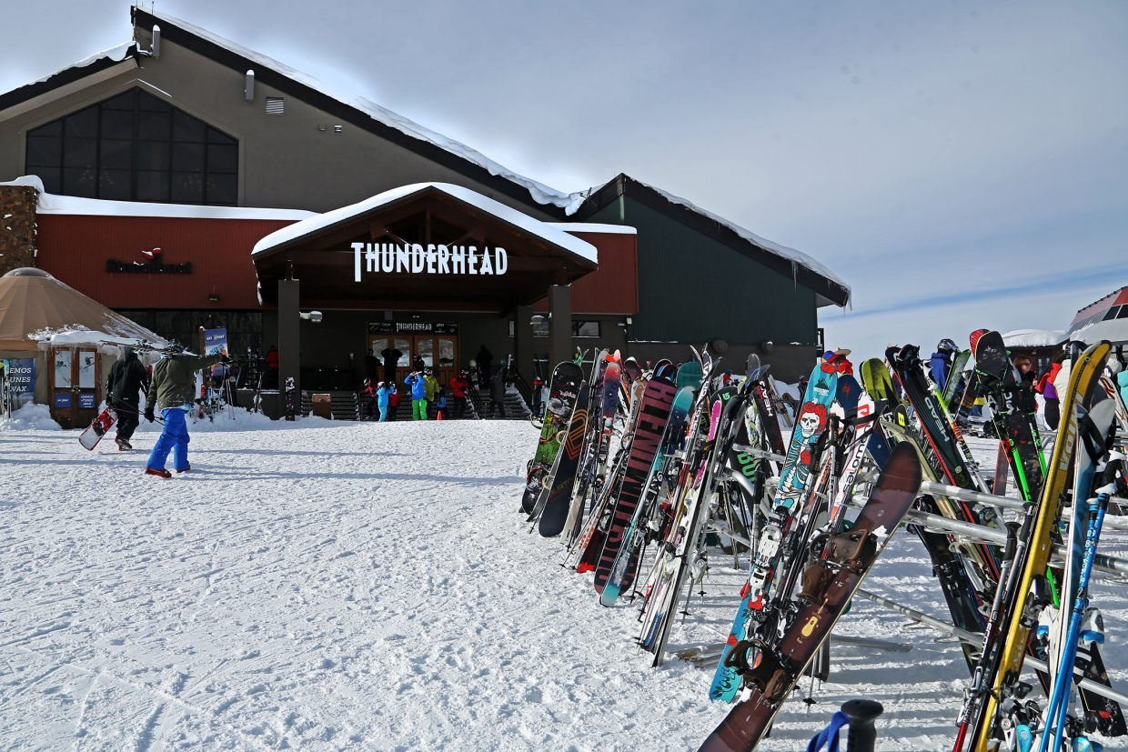 Taking the gondola to Thunderhead is a must for all Steamboat Springs visitors. The challenge is finding that sweet spot where the lines are short.