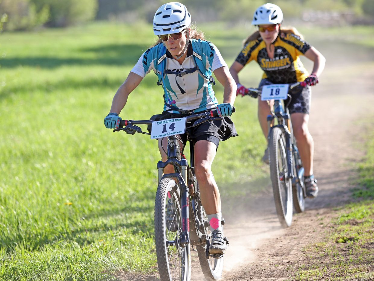 Terri Goforth, front, and Liana Jones compete in the women's expert division of Wednesday's Marabou XC.
