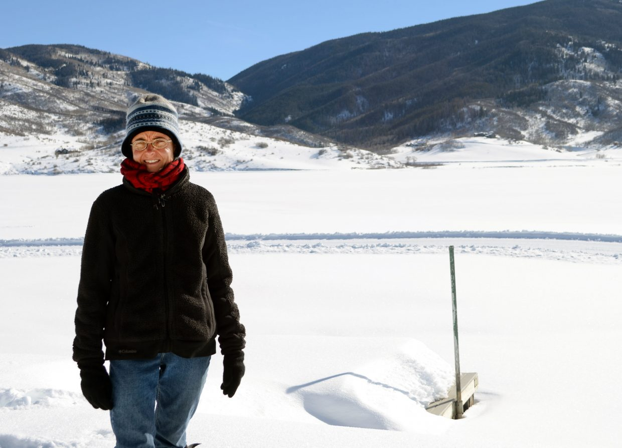 Environmentalist and snow drawer Sonja Hinrichsen returned to Lake Catamount for the second straight year over the weekend to conduct a community wide project.