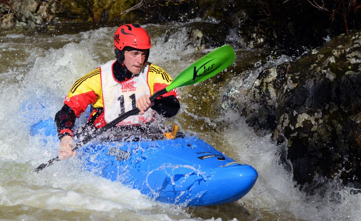 Mathieu Dumoulin, of France, races to second place in the Paddle Life Fish Creek Race, crossing in a time of 2 minutes, 44.56 seconds, just a half second slower than first-place finisher Dave Fusilli.