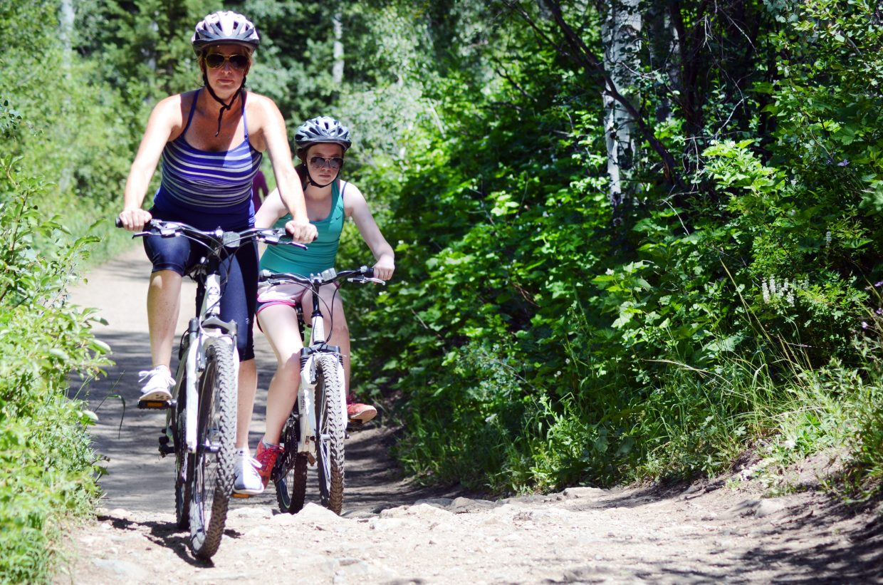 Spring Creek Trail can be a 10-mile loop or just a short trip to the pond for a picnic. Either way, the trail near Steamboat Springs High School is about as family friendly of a trail ride as you'll find in the area.