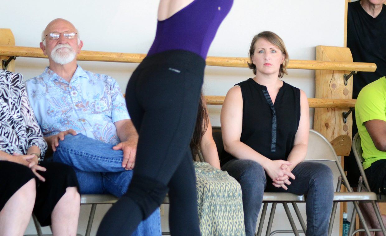"""""""So You Think You Can Dance"""" choreographer and Perry-Mansfield Performing Arts School and Camp alumna Mandy Moore watches as current students perform Sunday in the campus's Steinberg Pavilion."""