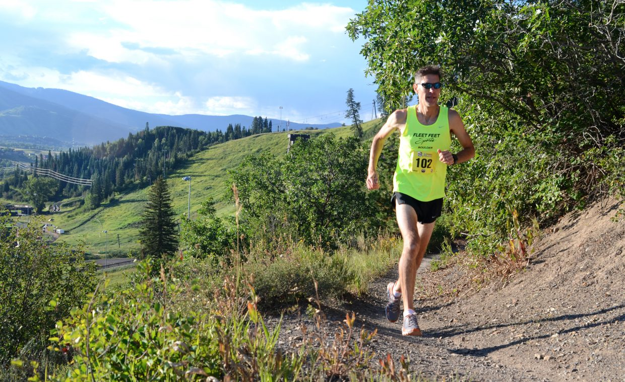 Boulder's James Johnson opened up a big lead in Sunday's Steamboat Stinger men's half-marathon, cruising to victory in 1:33:33.