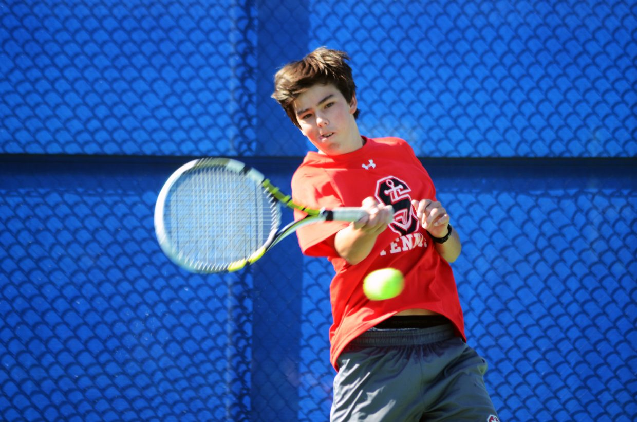Joe Borgerding played in some of the more thrilling matches Saturday in No. 1 doubles play. Borgerding played alongside Matthew White and Nolan Connell.