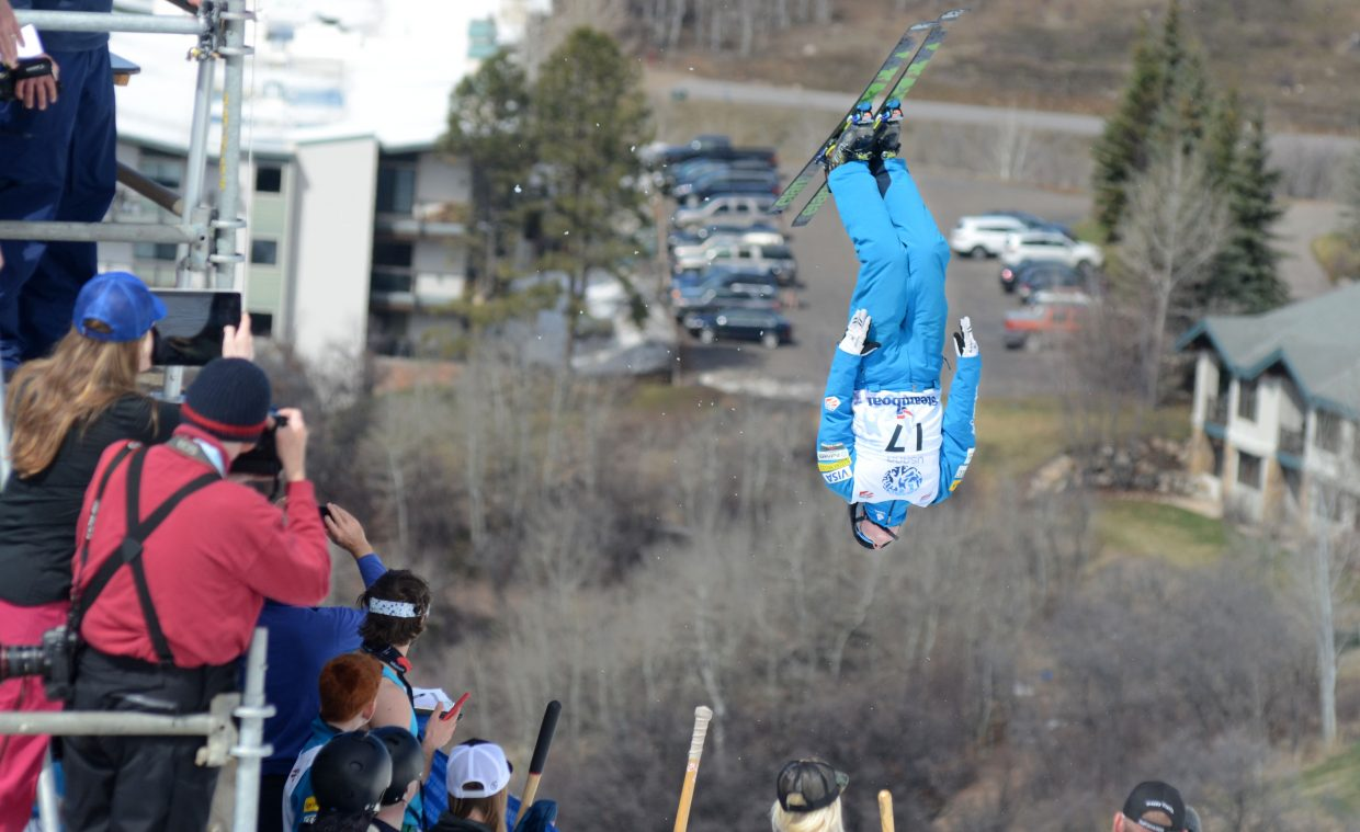 Justin Schoenefeld leaps in front of a host of cameramen and judges in Saturday's U.S. aerials men's championship.
