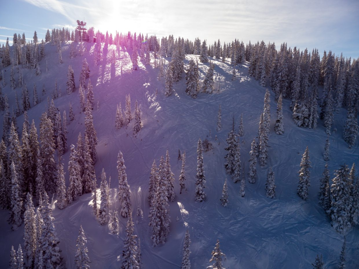 Aerial from East Face to The Ridge. Submitted by: Cedar Beauregard
