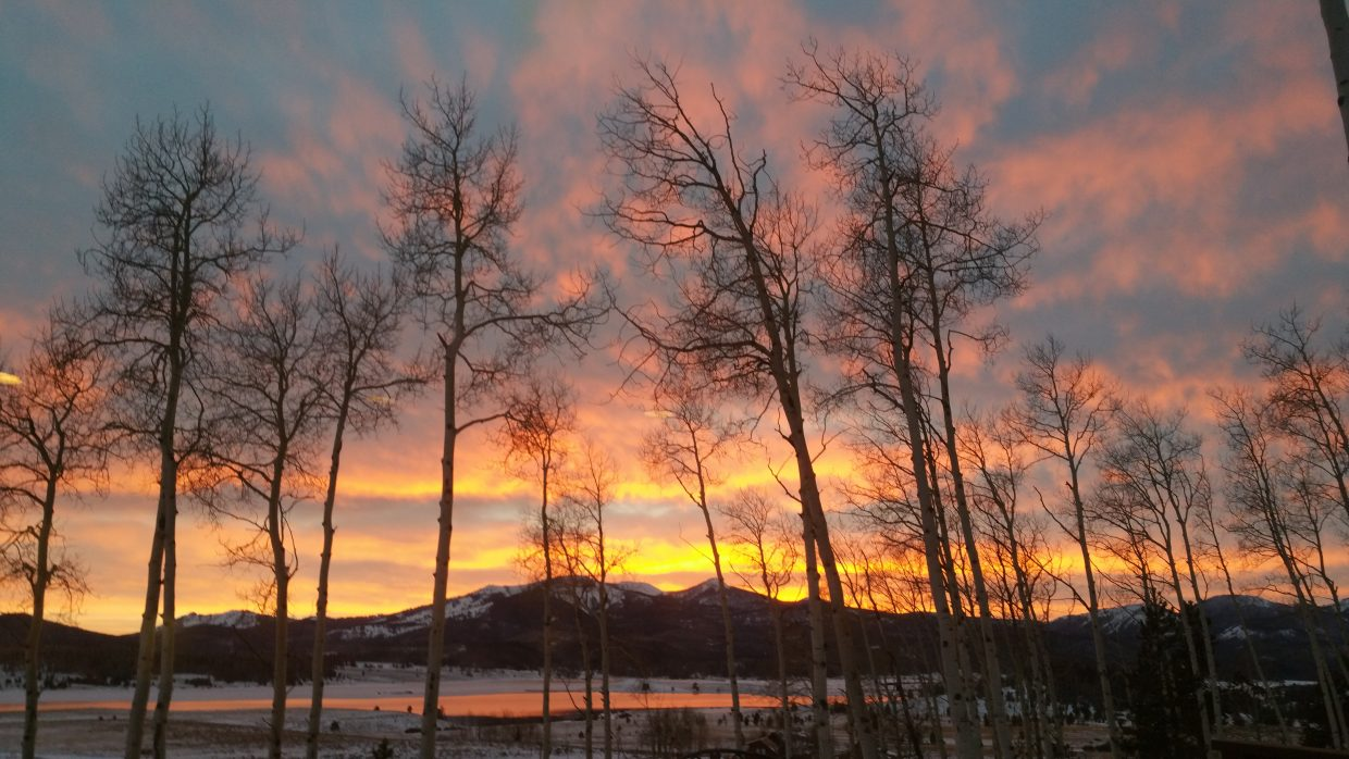 We wanted to share our gorgeous sunset Tuesday night here in Hahn's Peak, overlooking Steamboat Lake. Submitted by: Justin and Rachael Jacobson