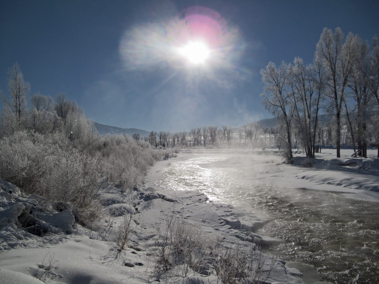 Shot at 9:30 a.m. Yampa river frost and smoke. Submitted by: Matthew Grasse