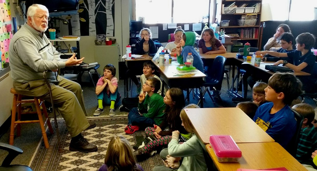 Mike Forney visiting Anna White's fifth grade class at Strawberry Park Elementary.