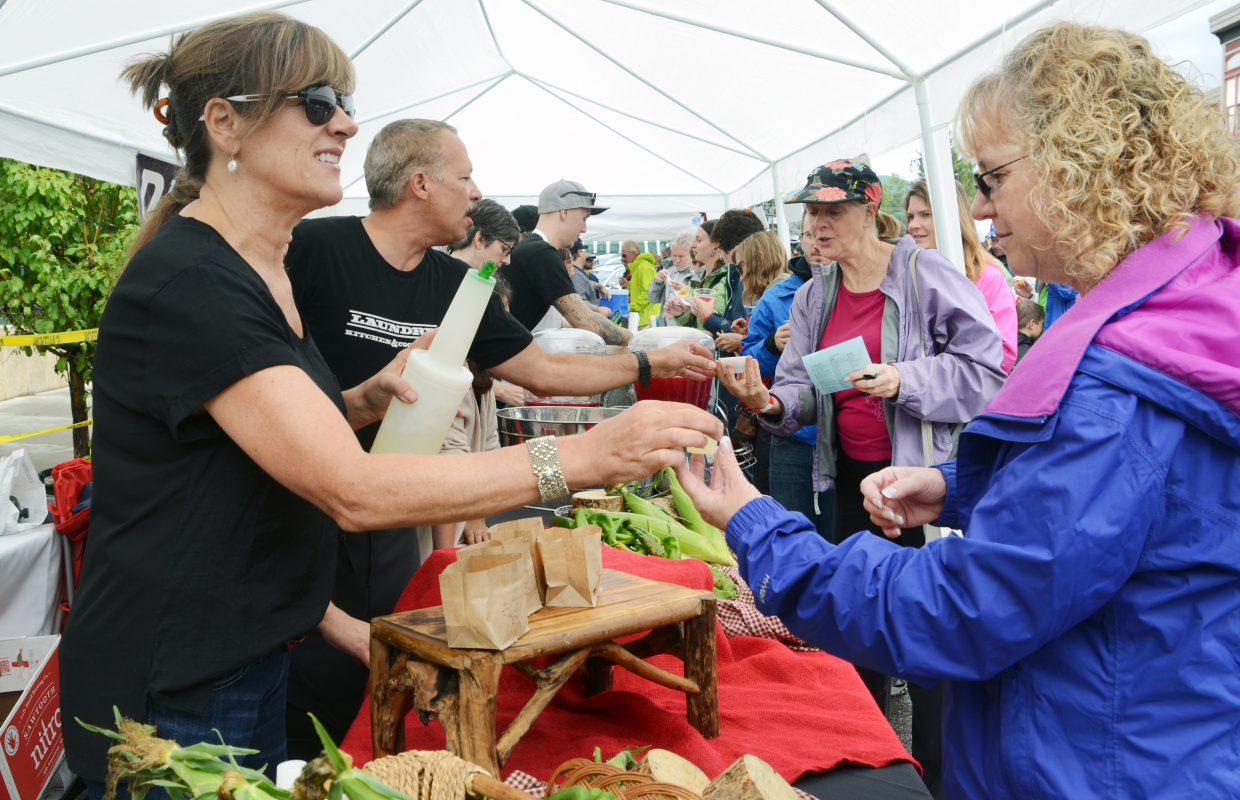 Plenty of tasters braved the soggy weather Sunday for the annual Chuck Wagon Chili Challenge.