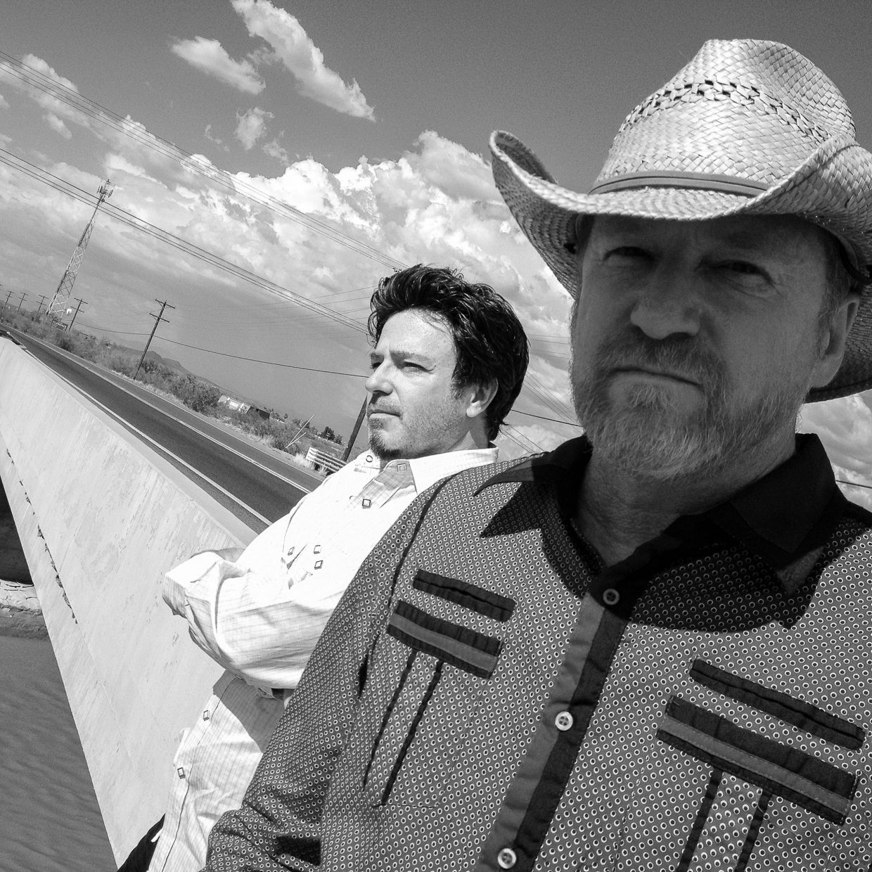 Alternative rock band Cracker led by singer David Lowery and guitarist Johnny Hickman, will play at 7 p.m. on Monday at the Chief Theater.