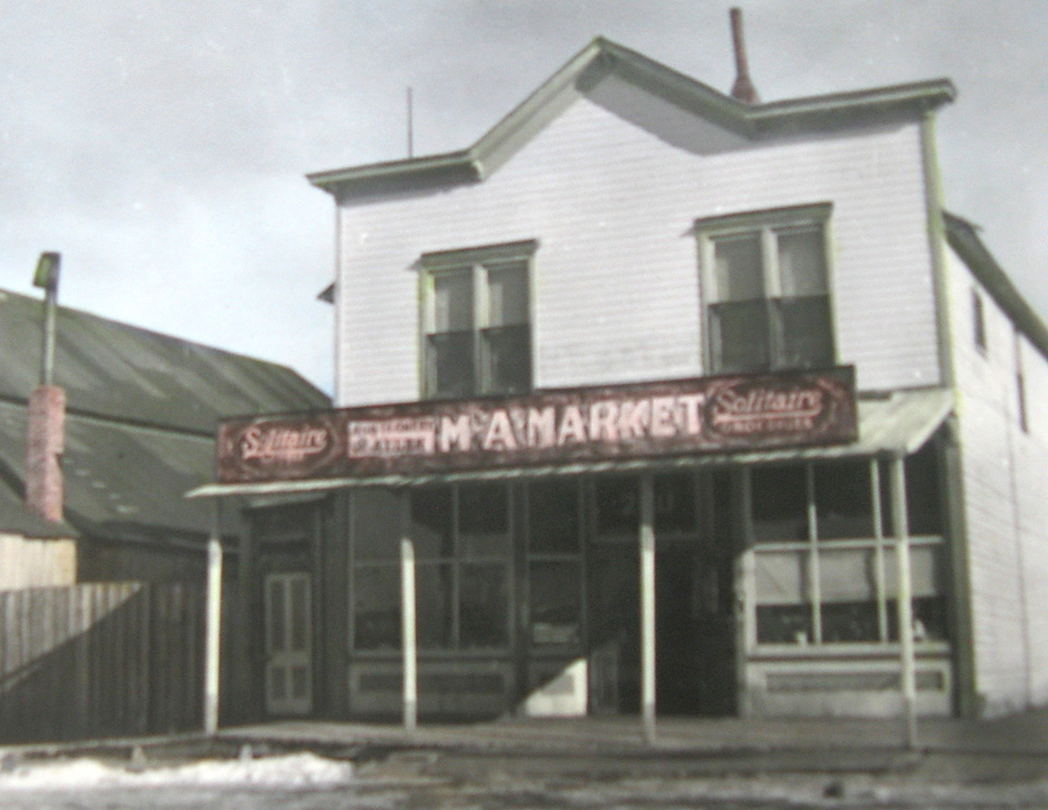 The Crossan's M&A Market Building in Yampa, as it looked in the 1930s.
