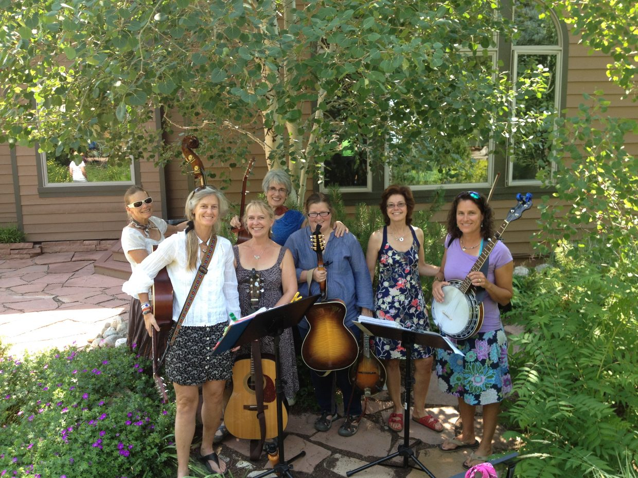 The local all-women group, the Broad Band will be the opening act for the Lunafest event at Library Hall on Thursday starting at 5:30 p.m. The members include: Susie Leeson on banjo, Carol Ives on bass, Sheila Farney on guitar and ukulele, Kate Parke on guitar, Gail Holthausen on guitar, Linday Young on mandolin and Elizabeth Danielson on the fiddle.