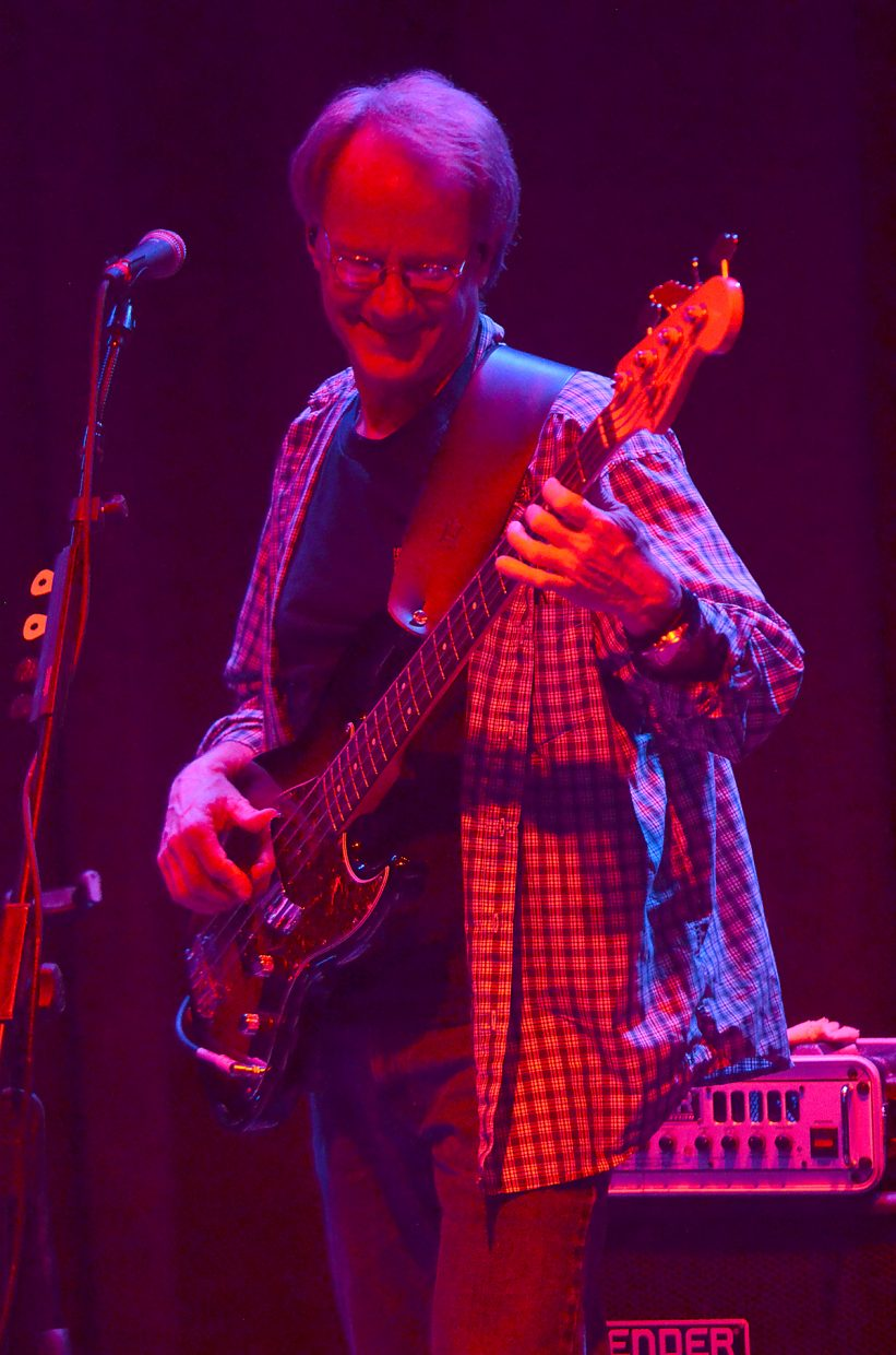 The Easy Peaces bass player Willie Samuelson performs Tuesday at the Chief Theater.