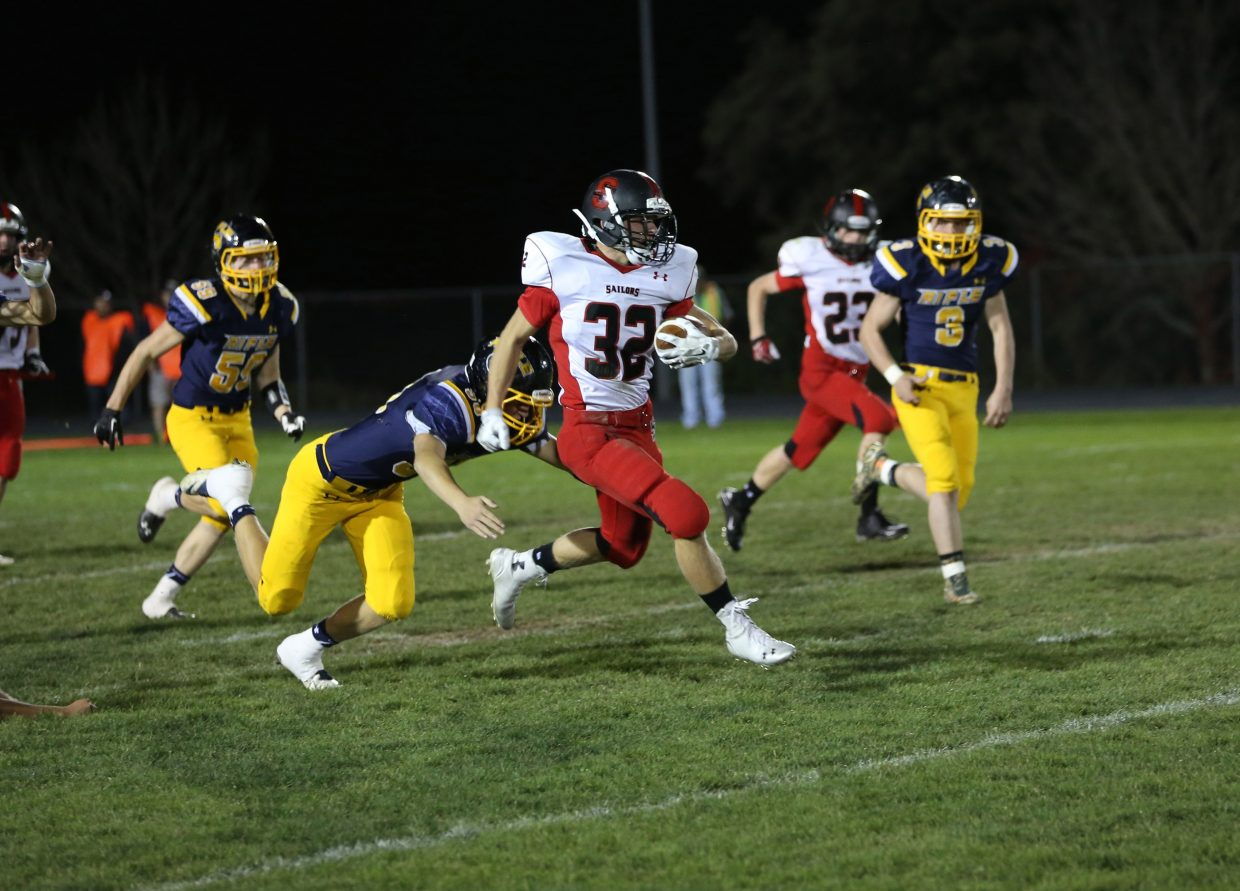 Mitch McCannon breaks free on a kickoff return during the Steamboat Springs football game against Rifle on Friday night. Rifle won, 47-3.