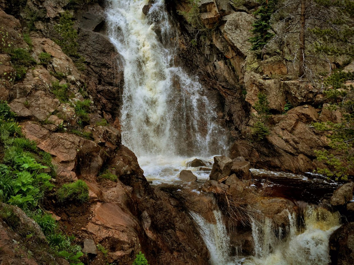 Upper Fish Creek Falls. Submitted by Jeff Hall.