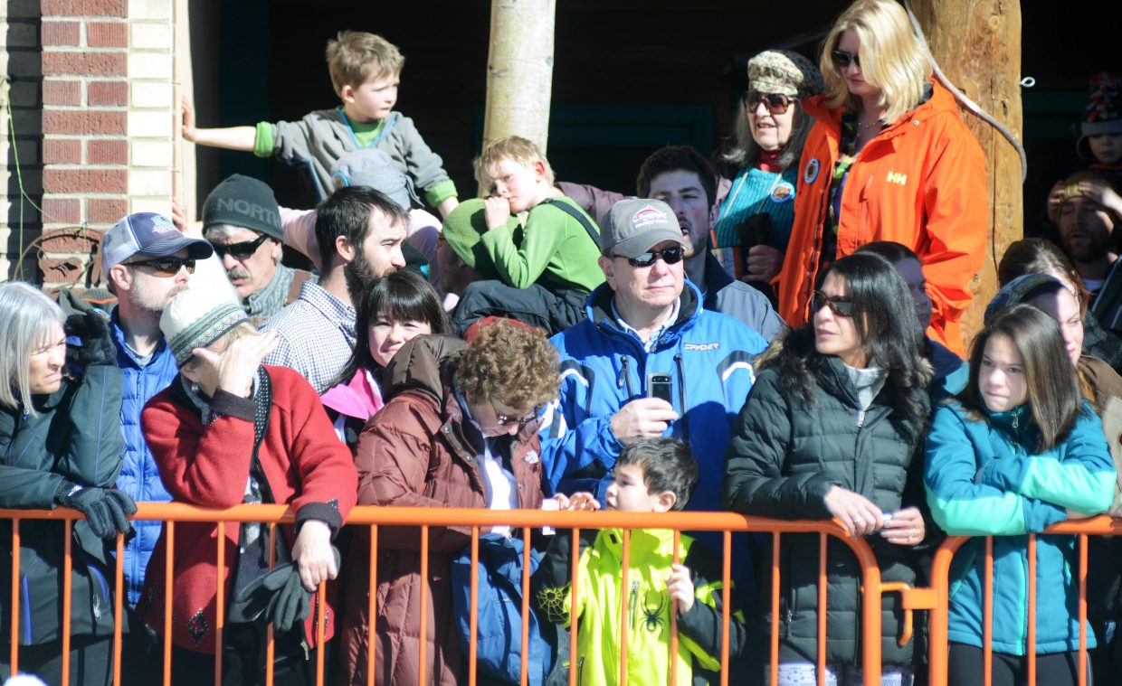 As always, the Winter Carnival's Diamond Hitch Parade brought a crowd of viewers to Lincoln Avenue's sidewalks. Those who got there early had prime viewing.