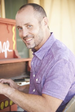 Paul Thorn and The Paul Thorn Band will perform at Strings Friday night.