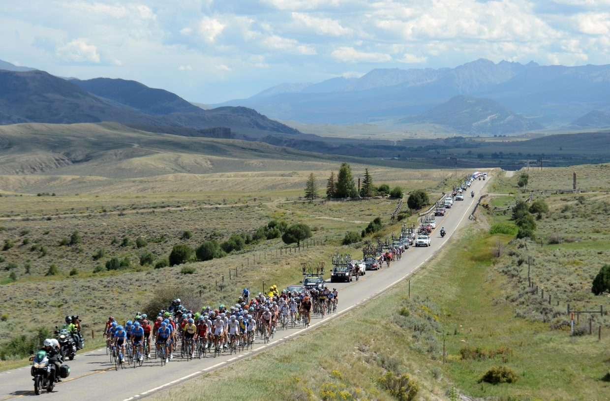 The peloton heads toward Steamboat Springs during the 2013 USA Pro Challenge race.