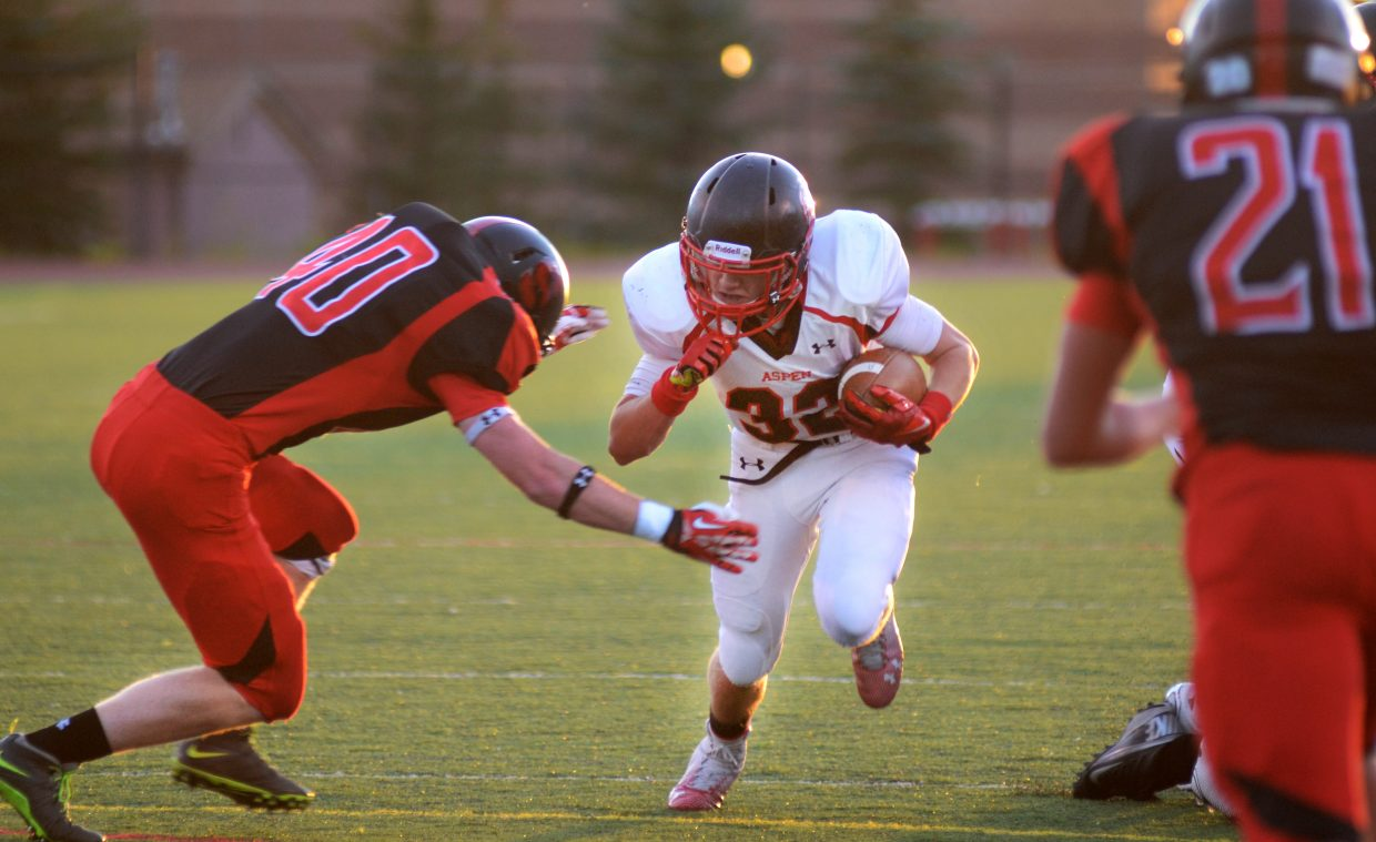 Aspen running back Ryan Fitzgerald racked up 343 yards on the ground Friday night at Steamboat's Gardner Field, one of the most eye-popping stats of the weekend.