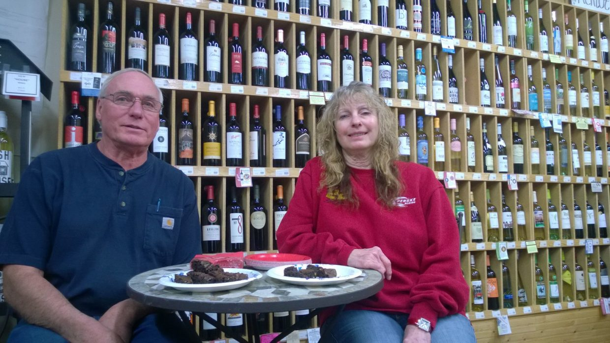 Hayden Chocolate Extravaganza: Herman and Nancy Venzke at A1 Liquor. Photo by Wendy Lind.