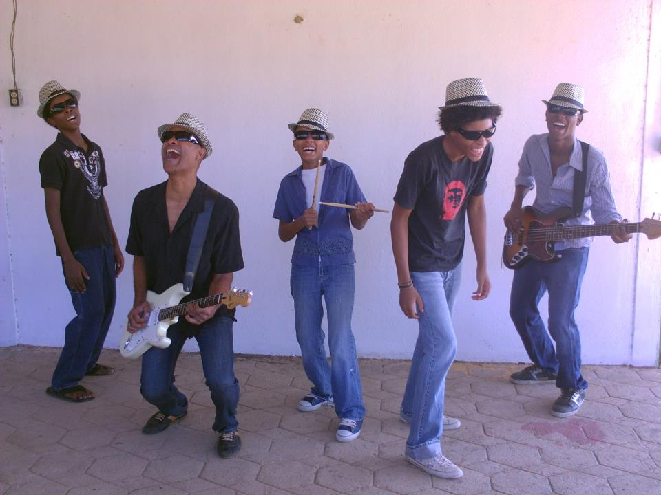 The Groovetrotters, a family band rooted in musical genres that range from jazz to reggae, blues, rock, funk and fusion.