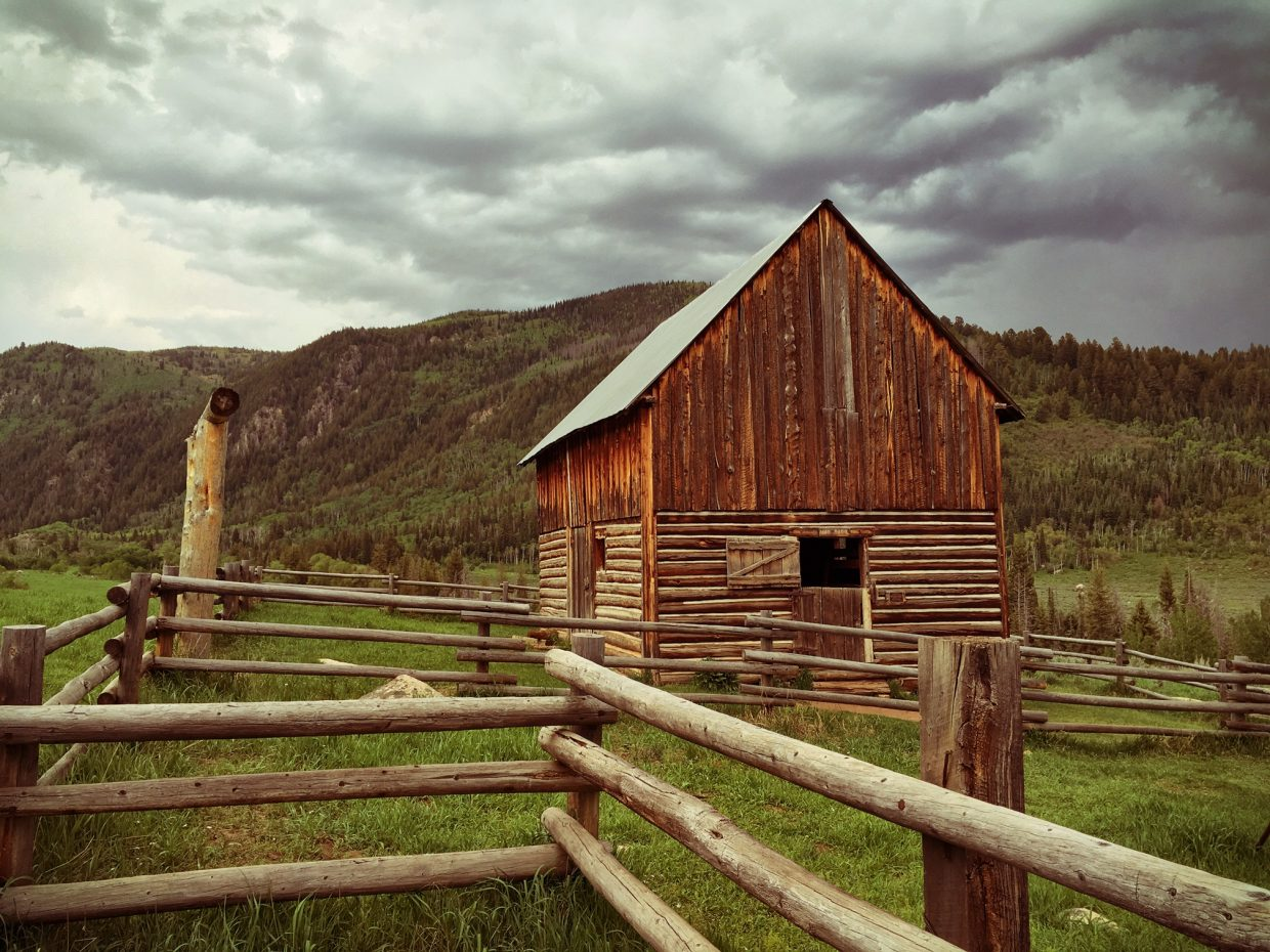 Mad Creek Barn. Submitted by Jeff Hall.