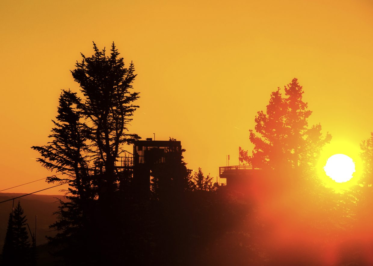 The sunset from the top of Mt. Werner or Steamboat Ski Area looking at Morning Side Chair Lift. Settings: f10, 1/640, ISO100, 130mm. Submitted by Brendan Durrum.