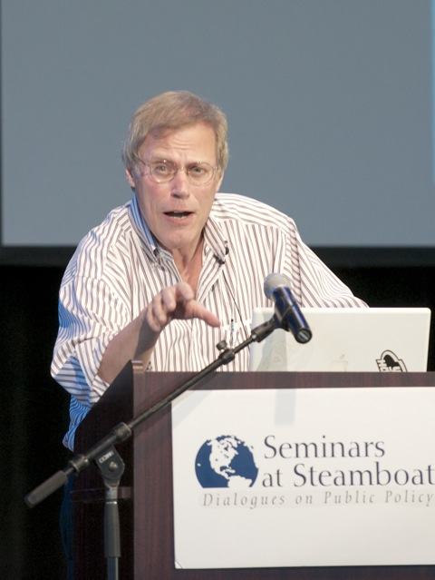 """Stephen Klineberg, a demographer and sociology professor at Rice University in Houston, spoke about """"The Changing Face of America"""" on Monday at Strings Music Pavilion."""